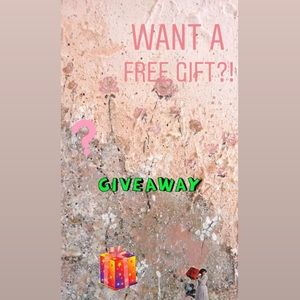 GIVING AWAY FREE GIFT PER PURCHASE!!